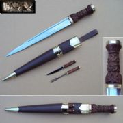 Late 18th Century Highland Officers Dirk Set - Brown